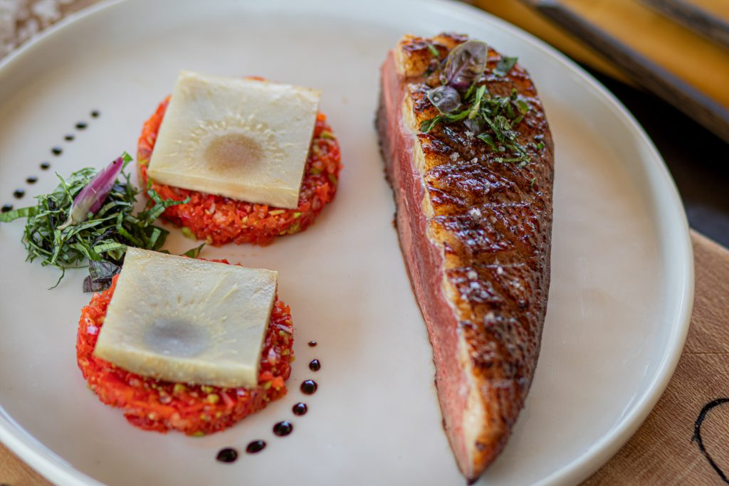 Recette Magret de Canard Fermier des Landes laqué et salade poivron - artichaut
