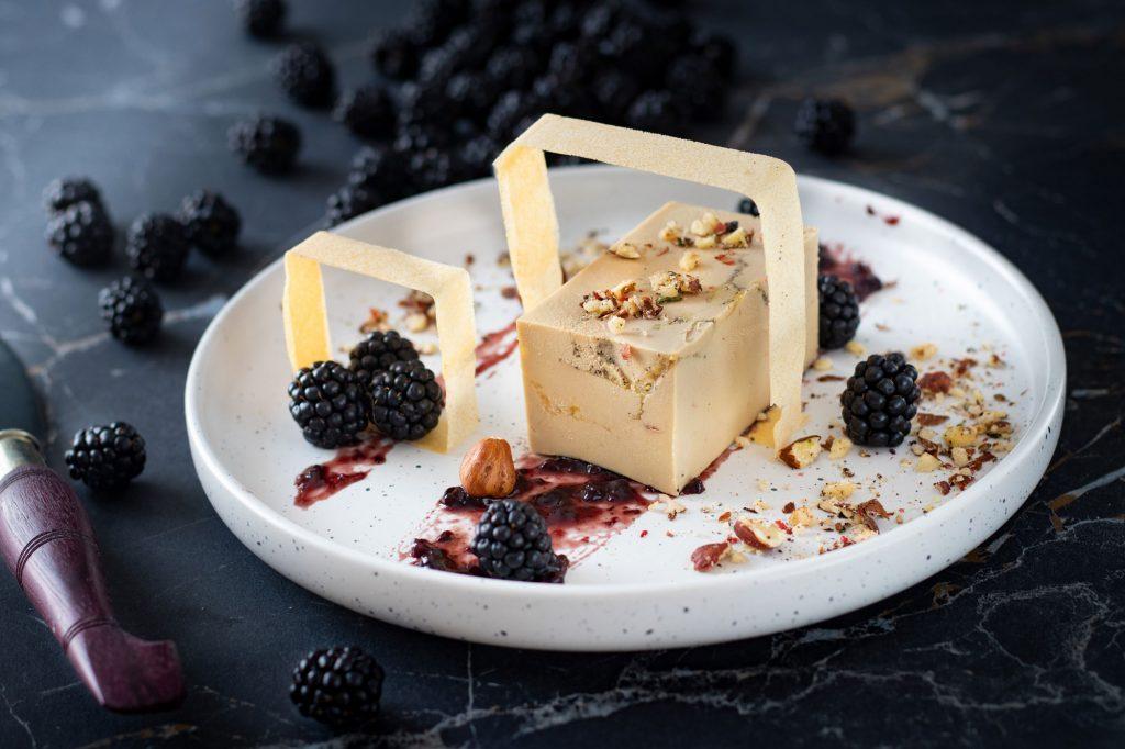 Recette Sore : foie-gras mi-cuit, brick croustillant et mûres